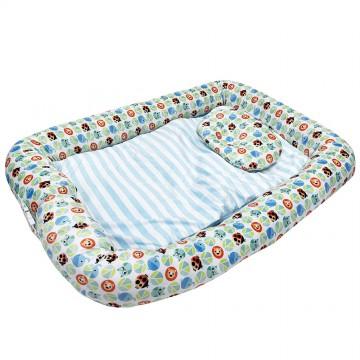 Cuddle™ Portable Baby Co-Pod (Polka)