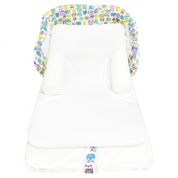Nuzzle™ Comfort Infant Sleeper Cot